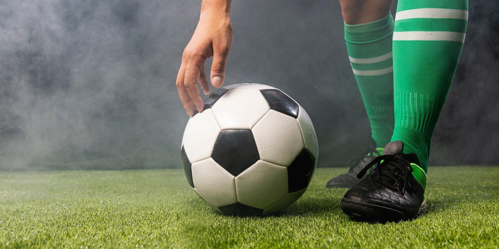 FIFA sprawdzi porozumienia klubów