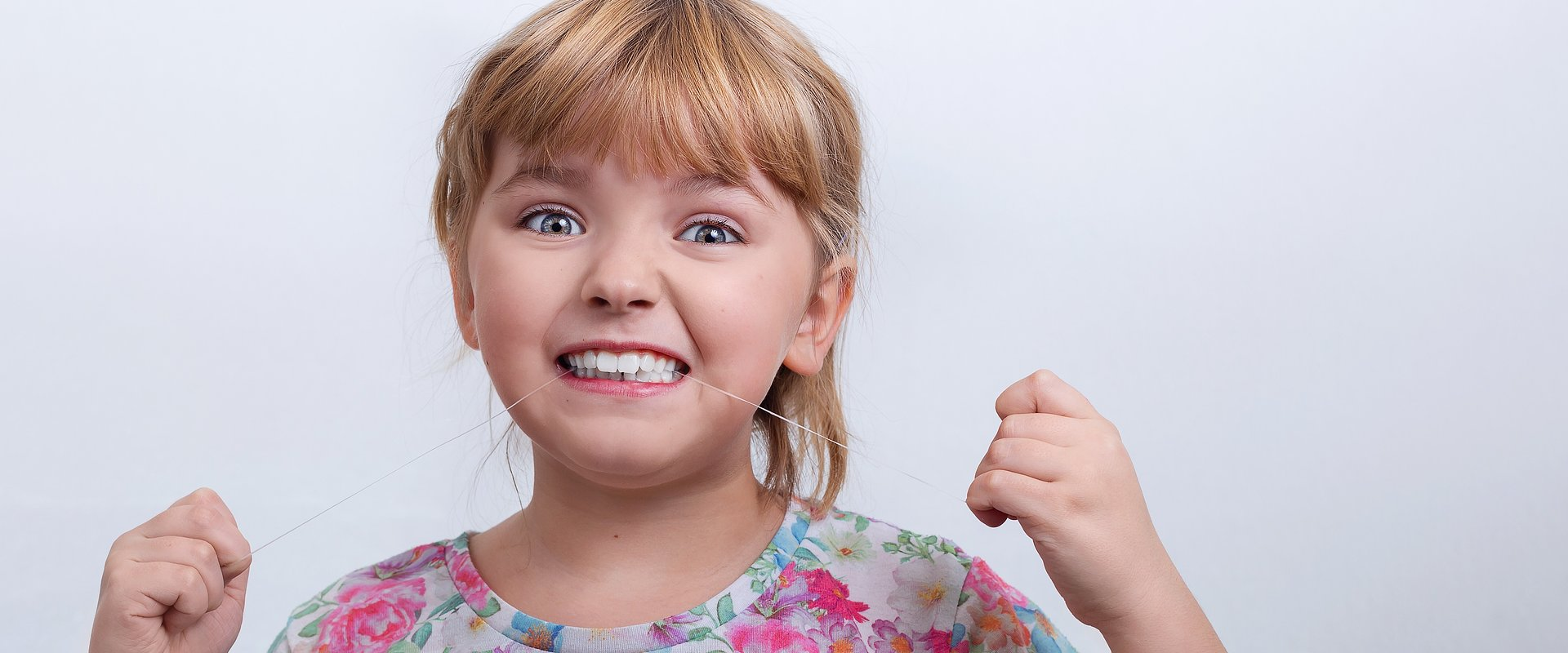 Stomatolog dziecięcy radzi: co robić, gdy dziecko boli ząb w czasie pandemii koronawirusa