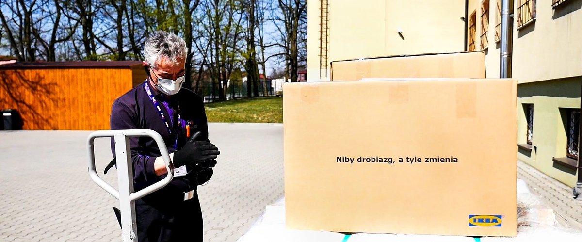 IKEA wspólnie z partnerami wspiera gminne centra kwarantanny. Pomoc trafiła do 35 gmin z całej Polski