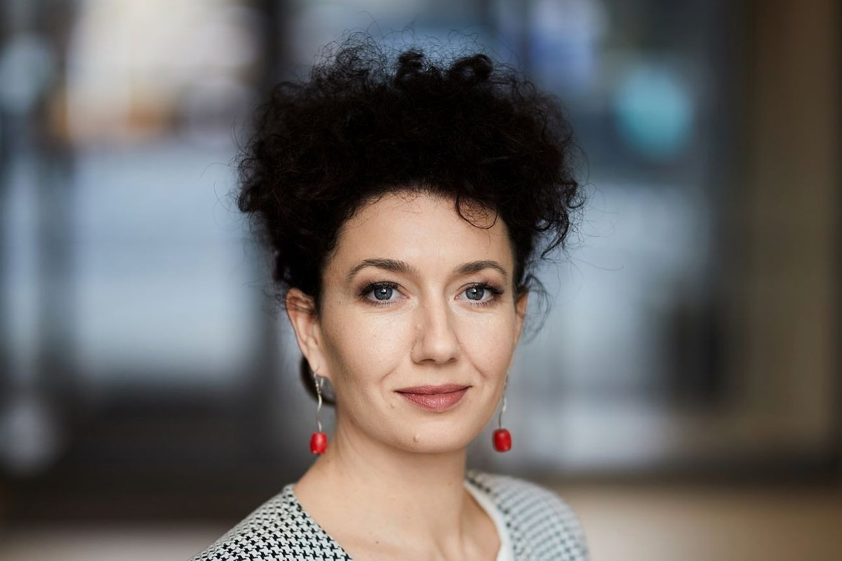zarządzanie operacyjne/ technologie IT: dr inż. Irena Bach-Dąbrowska