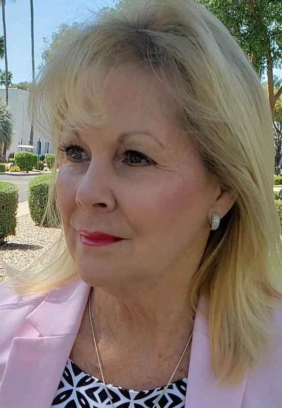 Sharon Asari Affiliates with the North Scottsdale Office of Coldwell Banker Realty