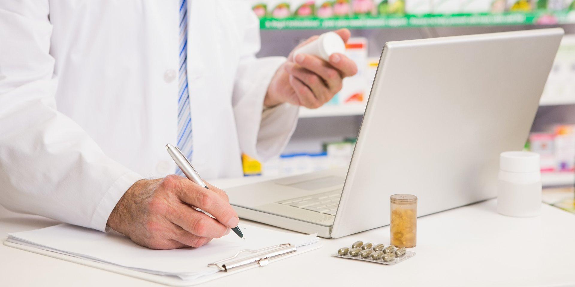 Opieka farmaceutyczna po pandemii. Jak miałaby wyglądać?