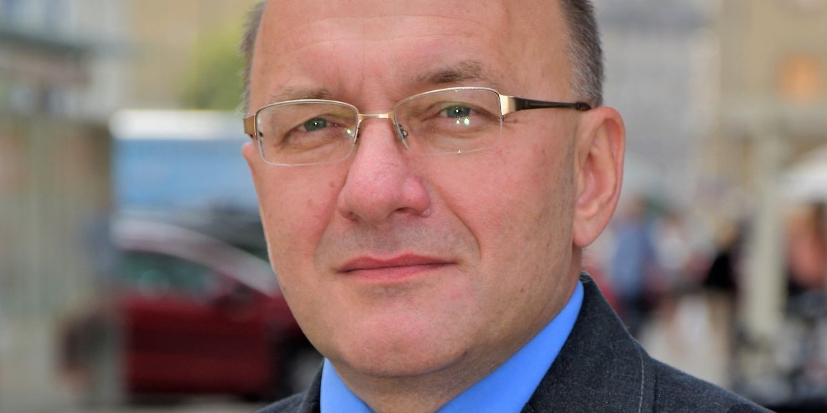 """Mariusz Politowicz: """"Pacjenci nie przychodzą w nocy po leki ratujące życie, ale po kubki do moczu, prezerwatywy"""""""