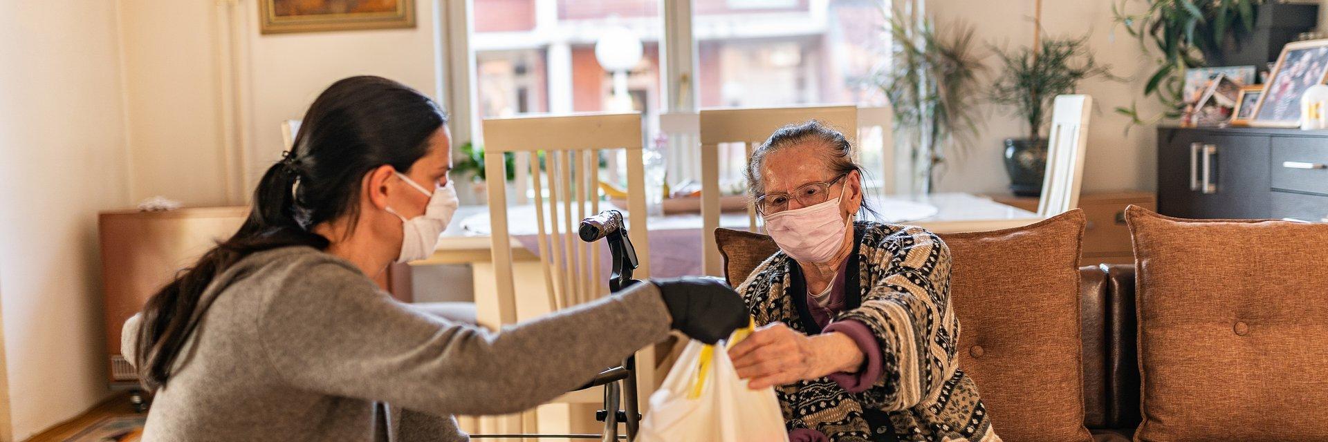 Trzy i pół tysiąca rodzin otrzyma pomoc od PCK dzięki wsparciu Avivy