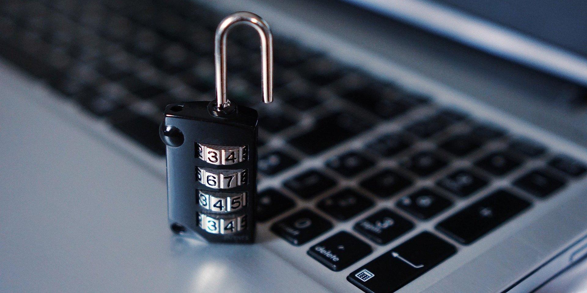 Jak dbać o bezpieczeństwo danych podczas pracy zdalnej?
