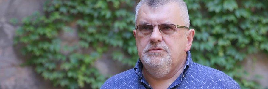 """Polacy """"zapijają"""" koronawirusa – badania psychologów UŁ"""