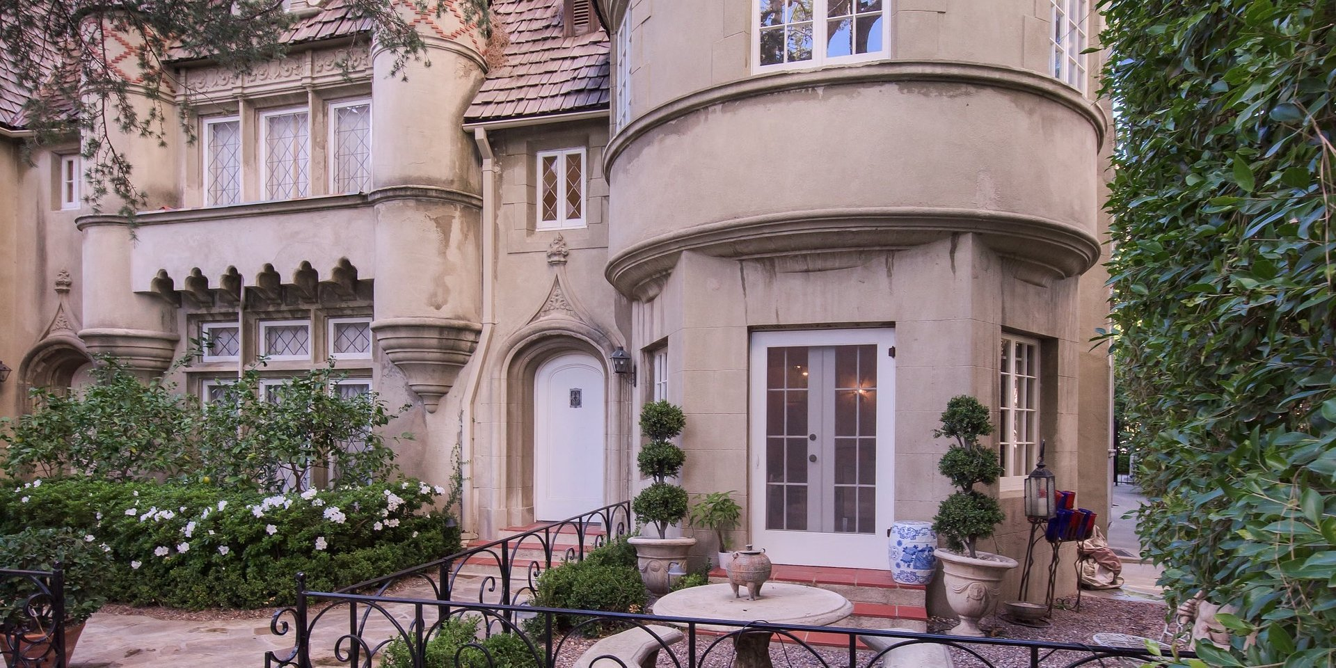 Coldwell Banker Realty Lists Condominium in Historic Los Angeles Building for $1.499 Million