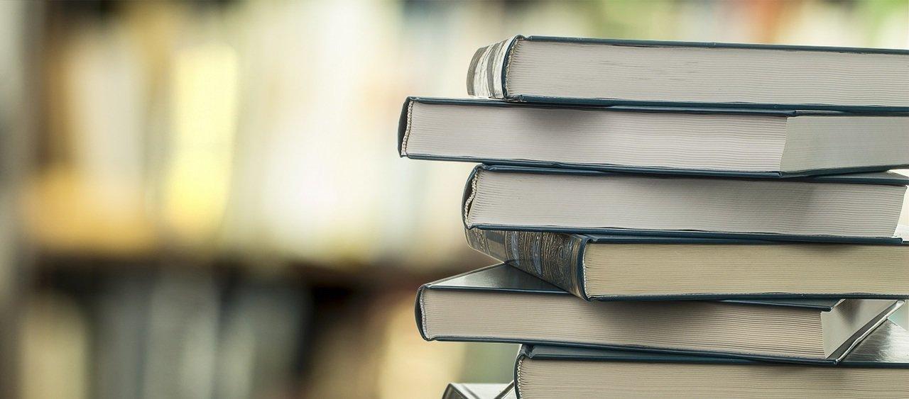 10 najpopularniejszych książek blogerów i vlogerów na Allegro!