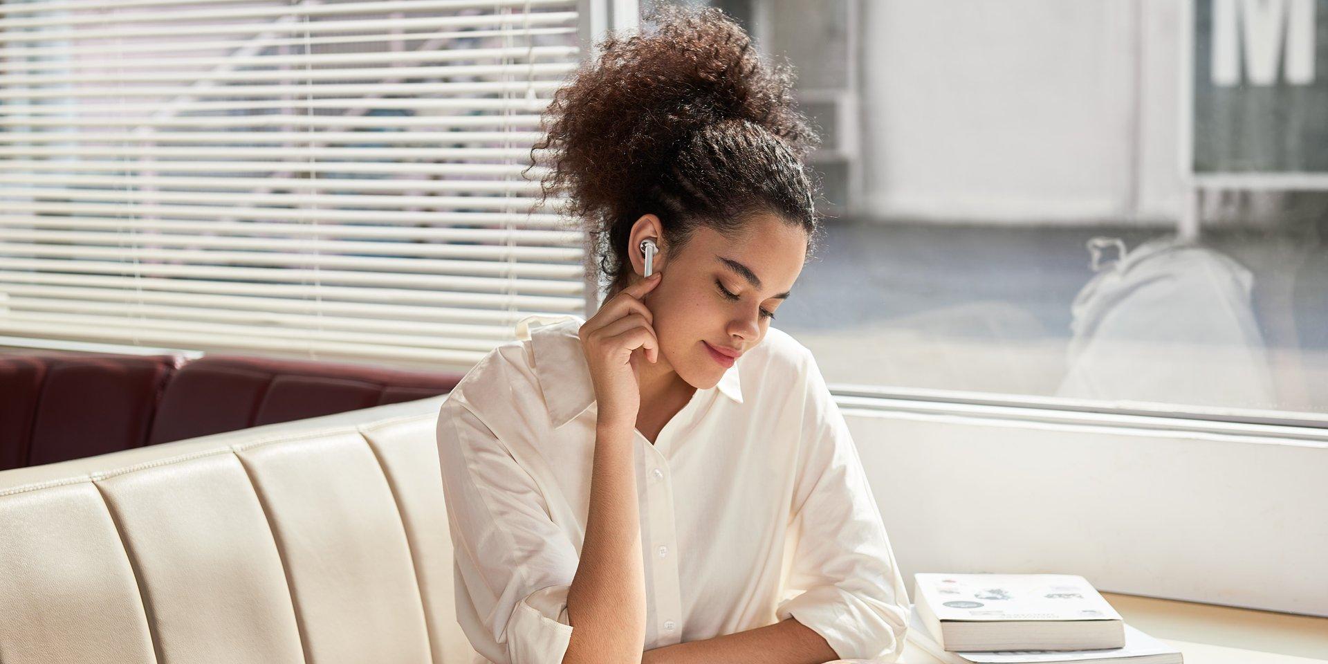 3 modele bezprzewodowych słuchawek OPPO z nagrodami w konkursie A'Design