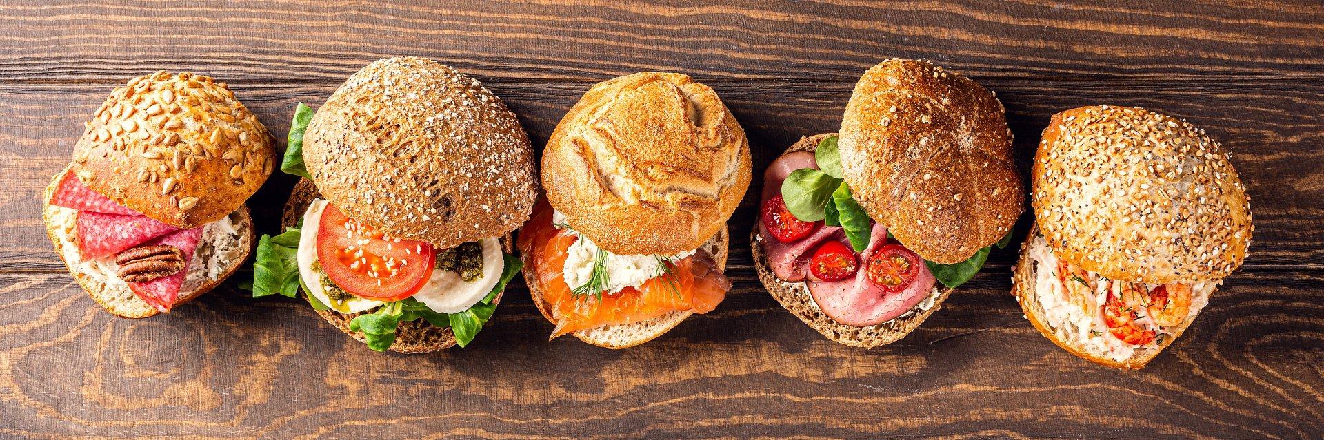 Masz dość chleba i bułek? Prezentujemy 3 pyszne zamienniki pieczywa