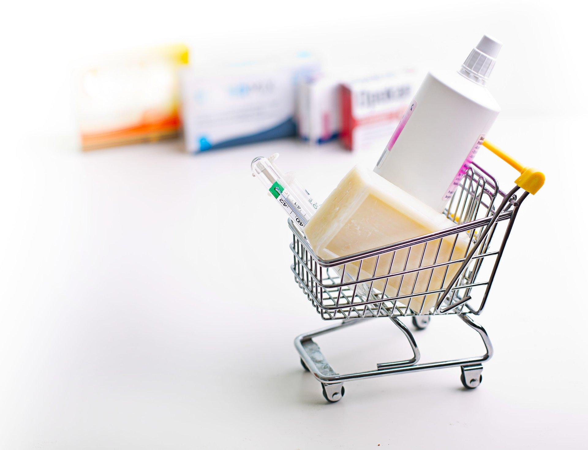 Rynek apteczny w drugim miesiącu epidemii - drastyczne spadki