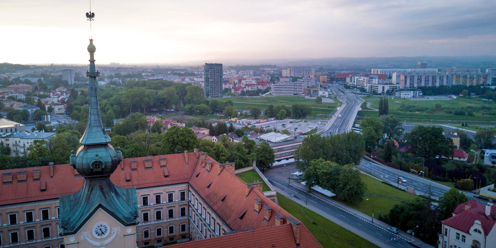 Podkarpacie rozszerza tarczę – 220 mln zł na pożyczki płynnościowe