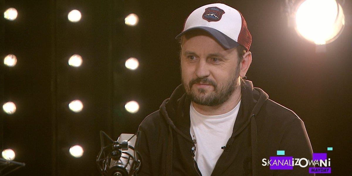 """Adam Woronowicz w """"Skanalizowanych"""". Kempa i Fiedorczuk przepytują z filmu """"Mayday""""."""