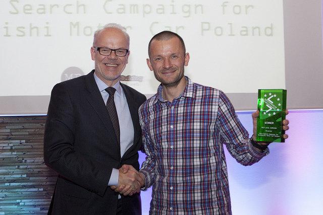 ZBIGNIEW NOWICKI ODBIERA NAGRODĘ EUROPEAN SEARCH AWARDS 2014